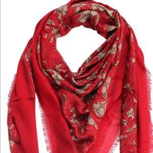 Gucci Arabesque Print Modal Silk Shawl